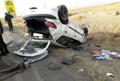 واژگونی سمند با 2 کشته و 9 مجروح